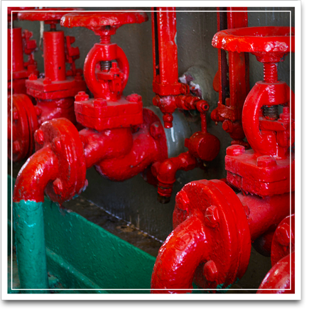 Picture of red and green pipes